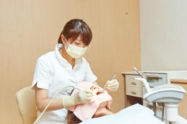 若々しいお顔の表情を目指す 予防歯科
